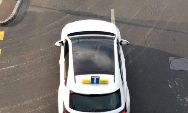Tippek az autós oktató választásához, hogy sima utad legyen a jogosítványig