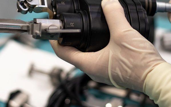 Robot segít – Bevált az első magyar ortopéd robotasszisztens
