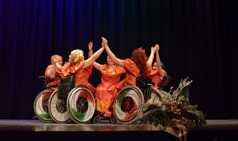 Bemutatjuk a ParaDance Company tánccsoportot
