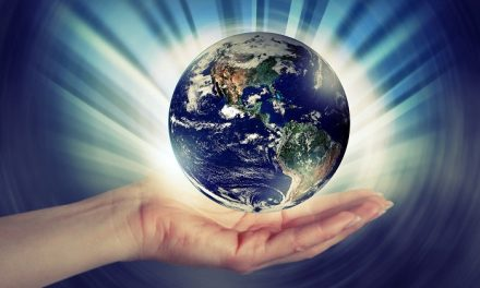 Műanyagmentes július – Óvd a Földanyát!