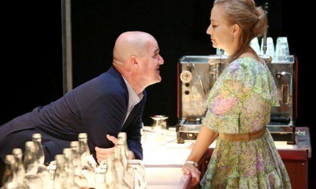 Megnyílt az új évad a Kecskeméti Nemzeti Színházban