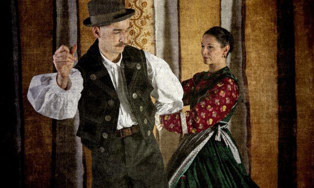 Az erdélyi Mezőséget idézi meg legújabb bemutatójában a Duna Művészegyüttes