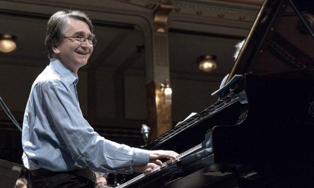Andrej Korobejnyikov zongoraestje az MVM Koncerteken
